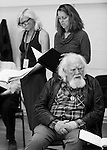 """King Lear"" rehearsed reading rehearsals. Old Vic Theatre. Director: Jonathan Miller. L to R: Felicity Dean, Greta Scacchi, Joss Ackland."