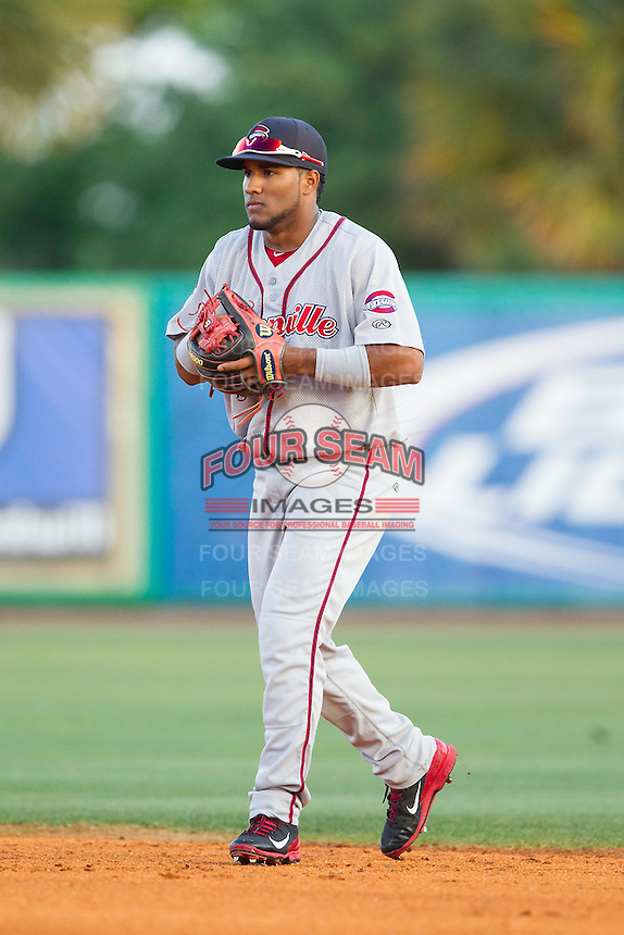 Greenville Drive second baseman Wendell Rijo (11) on defense against the Charleston RiverDogs at Joseph P. Riley, Jr. Park on May 26, 2014 in Charleston, South Carolina.  The Drive defeated the RiverDogs 11-3.  (Brian Westerholt/Four Seam Images)