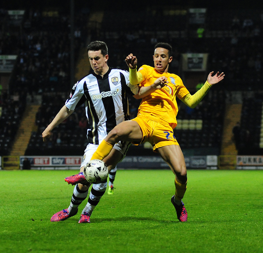 Preston North End's Callum Robinson vies for possession with Notts County's Jordan Williams<br /> <br /> Photographer Chris Vaughan/CameraSport<br /> <br /> Football - The Football League Sky Bet League One - Notts County v Preston North End - Tuesday 21st April 2015 - Meadow Lane - Nottingham<br /> <br /> &copy; CameraSport - 43 Linden Ave. Countesthorpe. Leicester. England. LE8 5PG - Tel: +44 (0) 116 277 4147 - admin@camerasport.com - www.camerasport.com