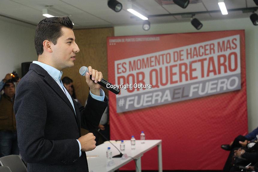 Dentro de la Comision de Puntos Constitucionales el Diputado Héctor Iván Magaña Rentería, presento la iniciativa de Eliminación del fuero en Querétaro, con el que se busca evitar abusos por parte de funcionarios publicos.
