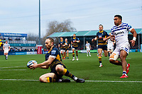 Chris Pennell of Worcester Warriors touches the ball down over the try-line. Gallagher Premiership match, between Worcester Warriors and Bath Rugby on January 5, 2019 at Sixways Stadium in Worcester, England. Photo by: Patrick Khachfe / Onside Images