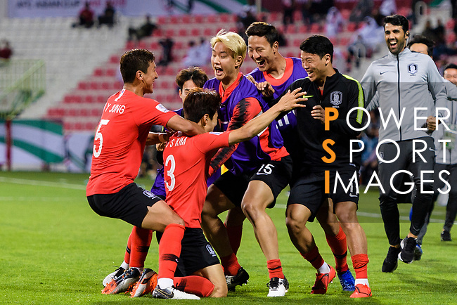 Kim Jinsu of South Korea (L2) celebrates after scoring his goal with his teammates during the AFC Asian Cup UAE 2019 Round of 16 match between South Korea (KOR) and Bahrain (BHR) at Rashid Stadium on 22 January 2019 in Dubai, United Arab Emirates. Photo by Marcio Rodrigo Machado / Power Sport Images