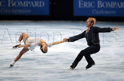 Rena Inoue & John Baldwin (USA),OCTOBER 17, 2009 - Figure Skating : ISU Grand Prix of Figure Skating 2009/2010 Trophee Eric Bompard 2009 Pair Free skating at Palais Omnisport de Paris Bercy, Paris, France. Photo by Atsushi Tomura/Actionplus. UK Licenses Only.