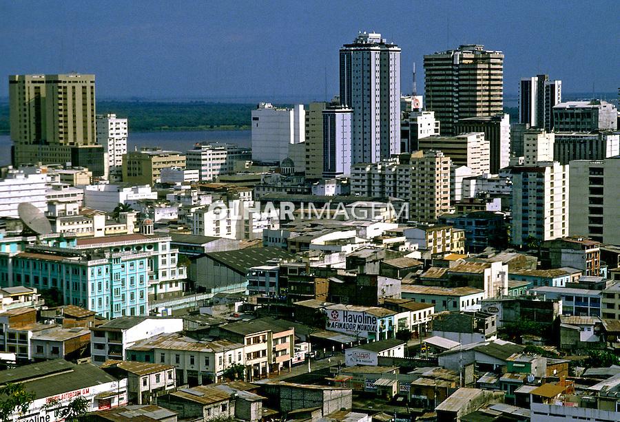 Cidade de Guayaquil. Equador. Foto de Rogério Reis. Data. 2001.