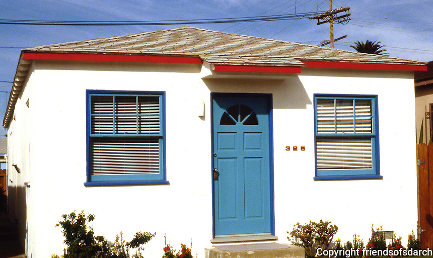 Venice CA: Venice Vernacular--325 Venice Way. Photo '88.
