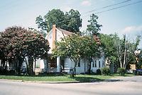 1996 August 09..Conservation.Ballentine Place..2747 BALLENTINE BLVD...NEG#.NRHA#..