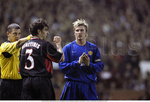 DAVID BECKHAM, MANCHESTER UTD 4 v Olympiakos 0, UEFA Champions League, Group Stage 1, Group F. 021001 Photo: Glyn Kirk/Action Plus...2002.football soccer .................................................