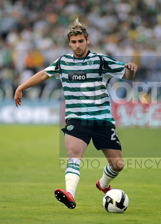 20080518: LISBON, PORTUGAL - Sporting Lisbon vs FC Porto: Portuguese Cup 2007/2008 Final, at Estadio Nacional. In picture: Miguel Veloso (Sporting). PHOTO: Alvaro Isidoro/CITYFILES