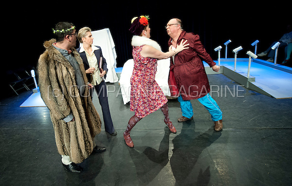 Theatre company de Dijlezonen playing De Vrek from Molière, directed by Gie Beullens (Belgium, 22/01/2015)
