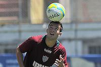 SÃO PAULO, SP, 21 DE JANEIRO DE 2014 -  ESPORTES - FUTEBOL - TREINO DA PORTUGUESA - Geovanni.  Durante treino no estádio do Canindé, preparação para partida entre a equipe do Ituano. FOTOS: Dorival Rosa/Brazil Photo Press).