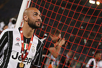 Calcio, finale Tim Cup: Milan vs Juventus. Roma, stadio Olimpico, 21 maggio 2016.<br /> Juventus's Simone Zaza greets fans at the end of the Italian Cup final football match between AC Milan and Juventus at Rome's Olympic stadium, 21 May 2016. Juventus won 1-0 in the extra time.<br /> UPDATE IMAGES PRESS/Isabella Bonotto