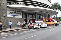 SÃO PAULO,SP - 01.02.2017 - BOMBA-SP - Um pacote suspeito foi deixado por desconhecidos, dentro do banheiro masculino do saguão principal do Aeroporto de Congonhas, zona sul de São Paulo, na tarde desta quarta-feira, 01. O Esquadrão Anti-Bombas do GATE, foi chamado para inspecionar o objeto. Nada de errado foi encontrado. Os Ministros Henrique Meireles e Alexandre de Moraes eram esperados para desembarcarem nesse aeroporto. (Foto: Eduardo Carmim/Brazil Photo Press)