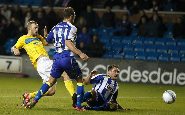 Rowan Vine scores the winning goal for St Johnstone