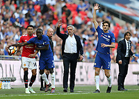 19th May 2018, Wembley Stadium, London, England; FA Cup Final football, Chelsea versus Manchester United; Manchester Untied Manager Jose Mourinho, Marco Alonso of Chelsea, Ngolo Kante of Chelsea, Jesse Lingard of Manchester United and Chelsea Manager Antonio Conte all look towards the linesmen for a decision