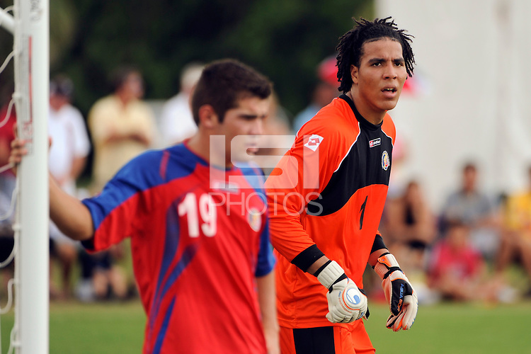 Esteban Alvarado (1) of Costa Rica. The US U-20 Men's National Team defeated the U-20 Men's National Team of Costa Rica 2-1 in an international friendly during day four of the US Soccer Development Academy  Spring Showcase in Sarasota, FL, on May 25, 2009.