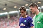 12.05.2018, OPEL Arena, Mainz, GER, 1.FBL, 1. FSV Mainz 05 vs SV Werder Bremen<br /> <br /> im Bild<br /> Sebastian Langkamp (Werder Bremen #15) wird verletzungsbedingt ausgewechselt, <br /> <br /> Foto &copy; nordphoto / Ewert
