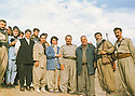 Iraq 1997  <br />  During the civil war between PUK and KDP, left, Mahmoud Sangawy , 3rd from right,  ,Mullazem Omar Abdallah and Kemal Tammaz in the district of Charizour with the women's union  <br /> Irak 1997  <br /> Pendant la guerre civile entre l'UPK et le PDK, left, Mahmoud Sangawy , 3rd from right, Mullazem Omar Abdallah and Kemal Tammaz dans la region de Charizour, avec l'union des femmes