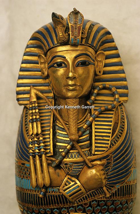 Coffinette for viscera, Tutankhamun; Exhibit; Catalog; New Kingdom; Egypt; Golden Age of the Pharaohs, Cover, Page 219