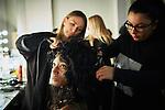 20.1.2015, Potsdam Now Fashion Week. Gezeigt werden moderne, exklusive Kollektionen führender israelischer Designerinnen und Designer. Shani Zimmerman und Zion Anava interpretieren auf sehr unterschiedliche Weise elegante Ready-To-Wear. Danach geht es weiter mit der Kollektion des ebenfalls aus Tel Aviv stammenden, seit 2014 jedoch auch in Amsterdam vertretenen Labels Frau Blau. Efrat Kalig ist berühmt für ihre eindrucksvolle Couture und bildet den Abschluss der Schauen.<br /><br />Backstage vor der Show von Zion Anava