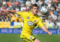 Robbie Rogers eyes the ball during MLS Cup 2008. Columbus Crew defeated the New York Red Bulls, 3-1, Sunday, November 23, 2008. Photo by John Todd/isiphotos.com