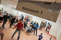 """Die """"Zentrale Aufnahmeeinrichtung des Landes Berlin fuer Asylbewerber"""" (ZAA) des Berliner Landesamt fuer Gesundheit und Soziales (LaGeSo) in der Turmstrasse 21 in Berlin-Moabit. Hier werden alle in Berlin ankommenden Fluechtlinge registriert und bekommen eine Erstversorgung. In dieser Erstaufnahmestelle werden sie auf die vom Land bereitgestellten Unterkuenfte verteilt.<br /> 24.9.2014, Berlin<br /> Copyright: Christian-Ditsch.de<br /> [Inhaltsveraendernde Manipulation des Fotos nur nach ausdruecklicher Genehmigung des Fotografen. Vereinbarungen ueber Abtretung von Persoenlichkeitsrechten/Model Release der abgebildeten Person/Personen liegen nicht vor. NO MODEL RELEASE! Don't publish without copyright Christian-Ditsch.de, Veroeffentlichung nur mit Fotografennennung, sowie gegen Honorar, MwSt. und Beleg. Konto: I N G - D i B a, IBAN DE58500105175400192269, BIC INGDDEFFXXX, Kontakt: post@christian-ditsch.de<br /> Urhebervermerk wird gemaess Paragraph 13 UHG verlangt.]"""