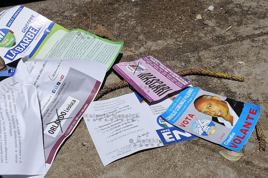 Palermo, election flyers.<br /> Palermo volantini elettorali fuori dal seggio.