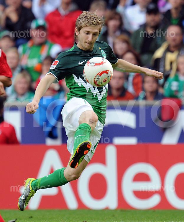 FUSSBALL   1. BUNDESLIGA   SAISON 2010/2011   2. SPIELTAG SV Werder Bremen - 1. FC Koeln      28.08.2010 Marko MARIN (SV Werder Bremen) Einzelaktion am Ball