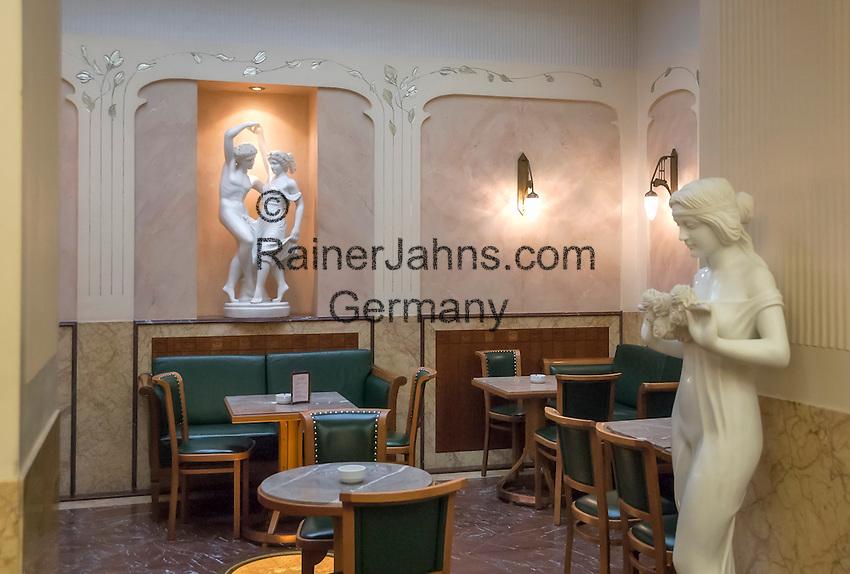 Austria, Upper Austria, Salzkammergut, Bad Ischl: Café Zauner at Esplanade avenue in the centre of town   Oesterreich, Oberoesterreich, Salzkammergut, Bad Ischl: Café Zauner an der Esplanade im Zentrum