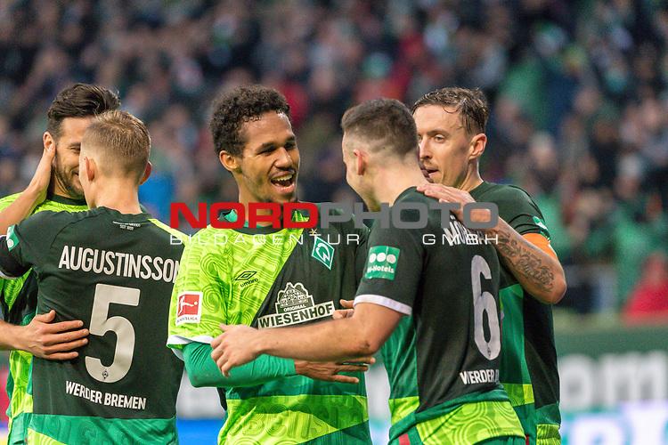10.02.2019, Weser Stadion, Bremen, GER, 1.FBL, Werder Bremen vs FC Augsburg, <br /> <br /> DFL REGULATIONS PROHIBIT ANY USE OF PHOTOGRAPHS AS IMAGE SEQUENCES AND/OR QUASI-VIDEO.<br /> <br />  im Bild<br /> <br /> jubel tor 4:0 Kevin Möhwald / Moehwald (Werder Bremen #06)<br /> <br /> Max Kruse (Werder Bremen #10)<br /> Theodor Gebre Selassie (Werder Bremen #23)<br /> Foto © nordphoto / Kokenge