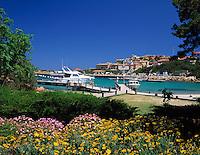 Italy, Sardinia, Costa Smeralda, Porto Cervo: Porto vecchio (old harbour) | Italien, Sardinien, Costa Smeralda, Porto Cervo: Porto vecchio (alter Hafen)