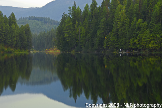 Robinson Lake in the early fall