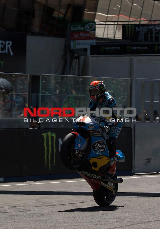 Monster Energy Grand Prix de France in Le Mans 15.-17.05.2015, Free Practice, Warm Up, Rennen<br /> <br /> 1 Esteve Rabat / Spanien Whelee auf der Zieldurchfahrt<br /> <br /> Foto &copy; nordphoto / FSA