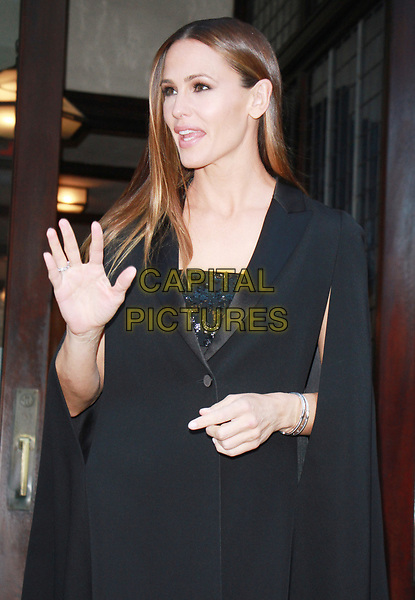 NEW YORK, NY - OCTOBER 18: Jennifer Garner leaving her hotel to attend the 5th Annual Save The Children Illumination Gala at The American Museum of Natural New York October 18, 2017. <br /> CAP/MPI/RW<br /> &copy;RW/MPI/Capital Pictures