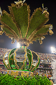 Imperatriz Leopolinense Samba School, Carnival, Rio de Janeiro, Brazil, 26th February 2017. The oca Indian house opened up to display the Imperatriz crown.