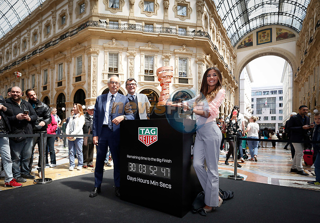 From today and for the next month fans and tourists can admire the Trofeo Senza Fine in Milan&rsquo;s Galleria Vittorio Emanuele II. The trophy for the winner of the Giro d&rsquo;Italia was unveiled in the gallery by the event&rsquo;s Madrina Giorgia Palmas with TAG Heuer Italy General Manager Roberto Beccari and RCS Sport Managing Director Paolo Bellino during the inaugural ceremony. Milan, Italy. 28th April 2017.<br /> Picture: LaPresse | Cyclefile<br /> <br /> <br /> All photos usage must carry mandatory copyright credit (&copy; Cyclefile | LaPresse)