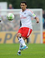 FUSSBALL   DFB POKAL   SAISON 2011/2012  1. Hauptrunde VfB Oldenburg - Hamburger SV                             30.07.2011 Gojko KACAR (Hamburger SV) Einzelaktion am Ball
