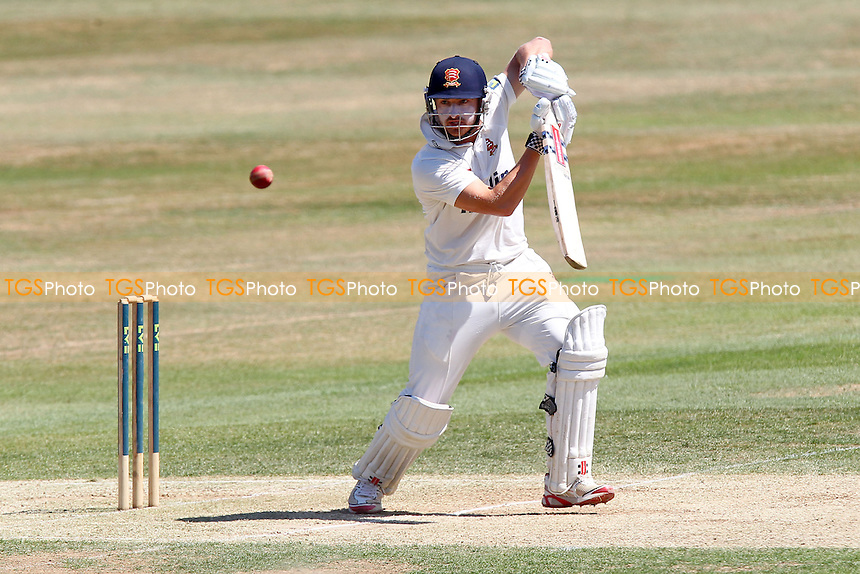 Jaik Mickleburgh in batting action for Essex - Essex CCC vs Leicestershire CCC - LV County Championship Division Two Cricket at the Essex County Ground, Chelmsford - 19/07/13 - MANDATORY CREDIT: Gavin Ellis/TGSPHOTO - Self billing applies where appropriate - 0845 094 6026 - contact@tgsphoto.co.uk - NO UNPAID USE