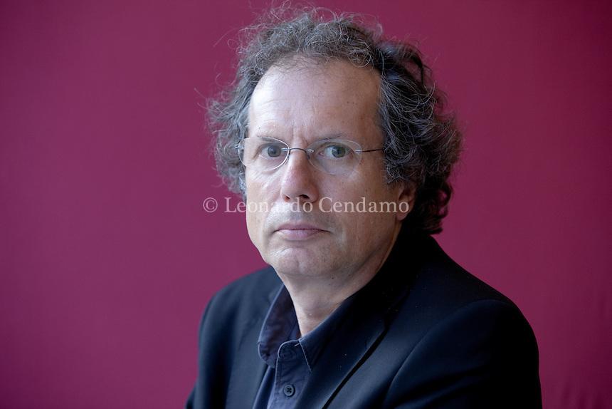 Maurizio Ferraris is full professor of Theoretical Philosophy at the University of Torino, where he is the director of Labont (Laboratory for Ontology). Torino, 19 maggio 2013. © Leonardo Cendamo