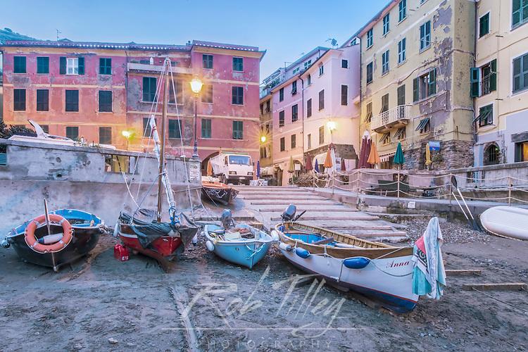 Italy, Cinque Terre, Vernazza