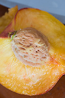 Peach, durazno. Fruta, fruit.
