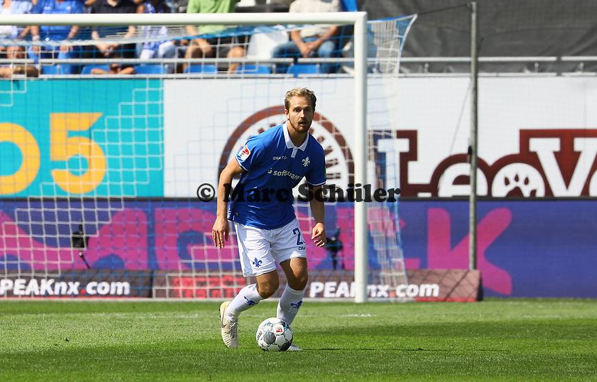 Immanuel Höhn (SV Darmstadt 98) - 04.08.2019: SV Darmstadt 98 vs. Holstein Kiel, Stadion am Boellenfalltor, 2. Spieltag 2. Bundesliga<br /> DISCLAIMER: <br /> DFL regulations prohibit any use of photographs as image sequences and/or quasi-video.