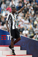 Calcio, Serie A: Juventus vs Sampdoria. Torino, Juventus Stadium, 14 maggio 2016. <br /> Juventus' goalkeeper Paul Pogba arrives to celebrate the win of the Italian Serie A title at the end of the football match between Juventus and Sampdoria at Turin's Juventus Stadium, 14 May 2016.<br /> UPDATE IMAGES PRESS/Isabella Bonotto