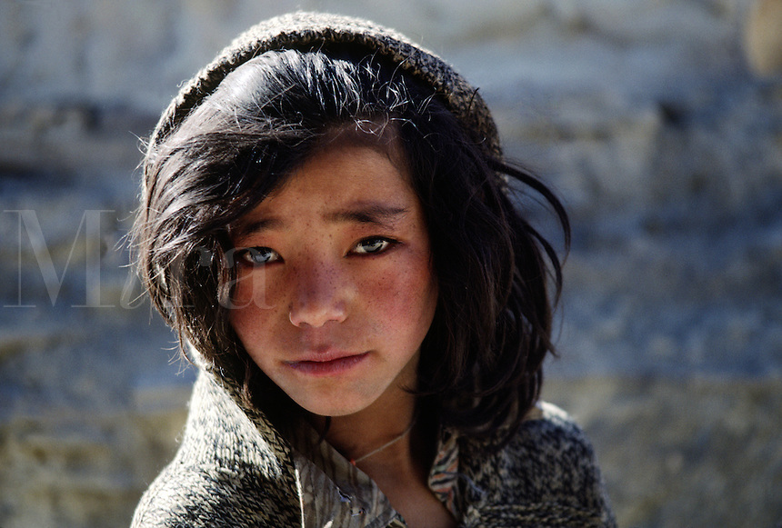 Young LADAKHI GIRL, LAMAYURU - LADAKH, INDIA.