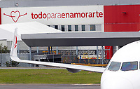 RIONEGRO, COLOMBIA - MAY 12: An airplane of the Avianca airline settles on the runway of the José María Córdoba International Airport on May 12, 2020 in Rionegro. Avianca filed for bankruptcy in the United States on May 11, 2020 to reorganize its debt due to the impact of the coronavirus pandemic. (Photo by Fredy Builes / VIEWpress via Getty Images)