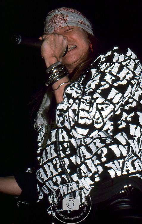 Guns-N-Roses-381.jpg