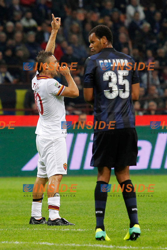 Esultanza dopo il gol Francesco Totti  Roma, Goal Celebration<br /> Milano 05-10-2013<br /> Stadio Giuseppe Meazza <br /> Football Calcio 2013/2014 Serie A <br /> Inter - Roma<br /> Foto Marco Bertorello Insidefoto