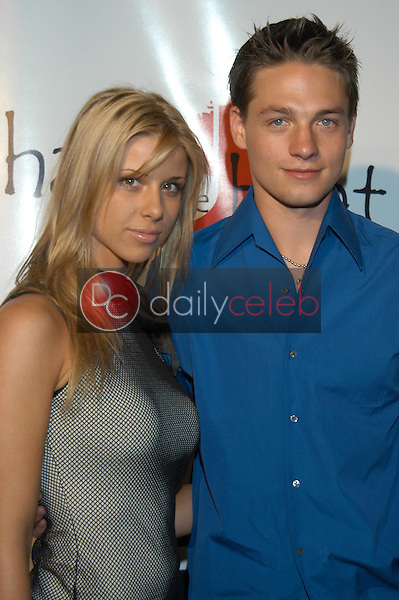 Melissa Schuman and Gregory Smith