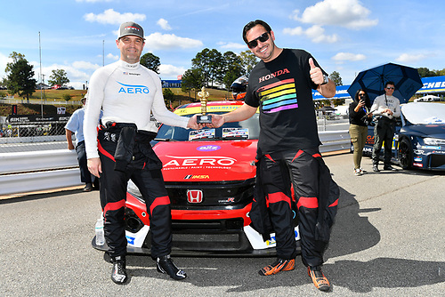 IMPC Fan Engagement Award with #89 HART Honda Civic TCR, TCR: Chad Gilsinger, Ryan Eversley