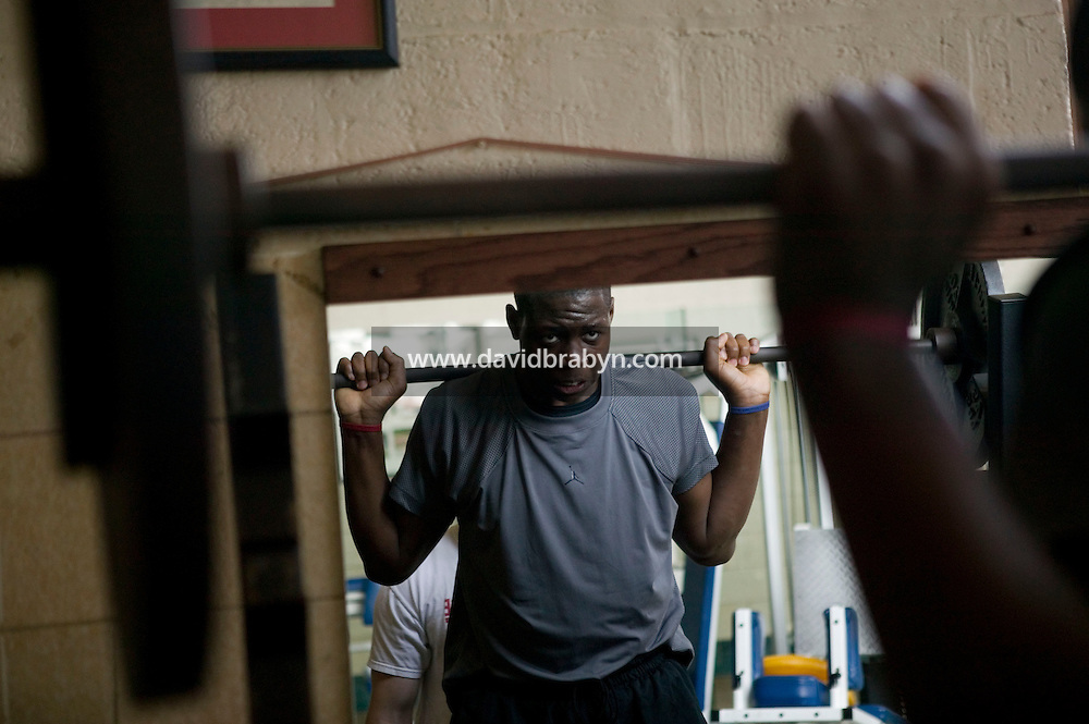 Eric Boateng works out in the gym at St Andrews High School in Middletown, DE, United States, 19 April 2005.
