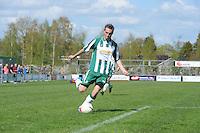 VOETBAL: JOURE: Sportpark de Hege Simmerdyk, 20-04-2013, Amateurvoetbal 2012-2013, SC Joure zon. - Voorwaarts, Eindstand 2-1, ©foto Martin de Jong